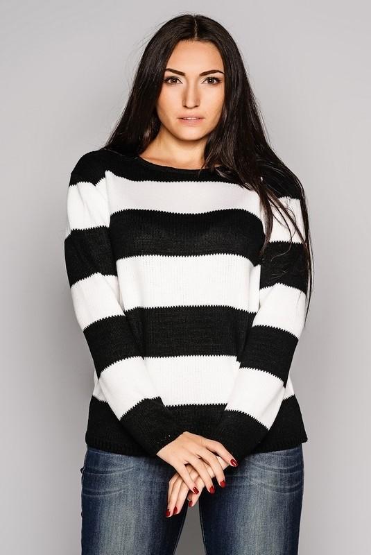 Полосатый свитер женский